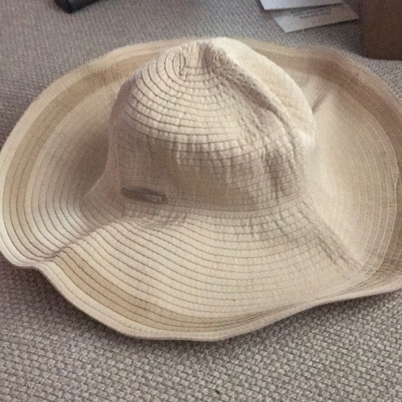 824c832647f Lauren Ralph Lauren Accessories - Ralph Lauren Beach hat